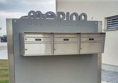 Briefkasten mit Beschriftung aus Hochleistungs-Beton